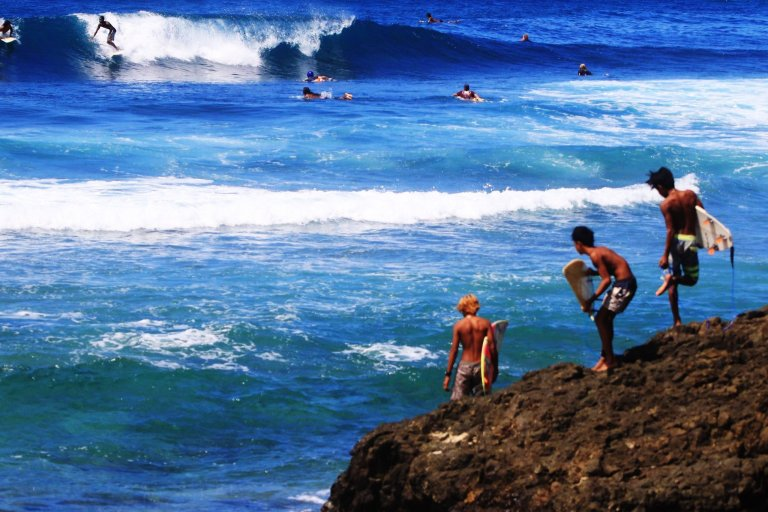 Best Surf Spots in Lombok